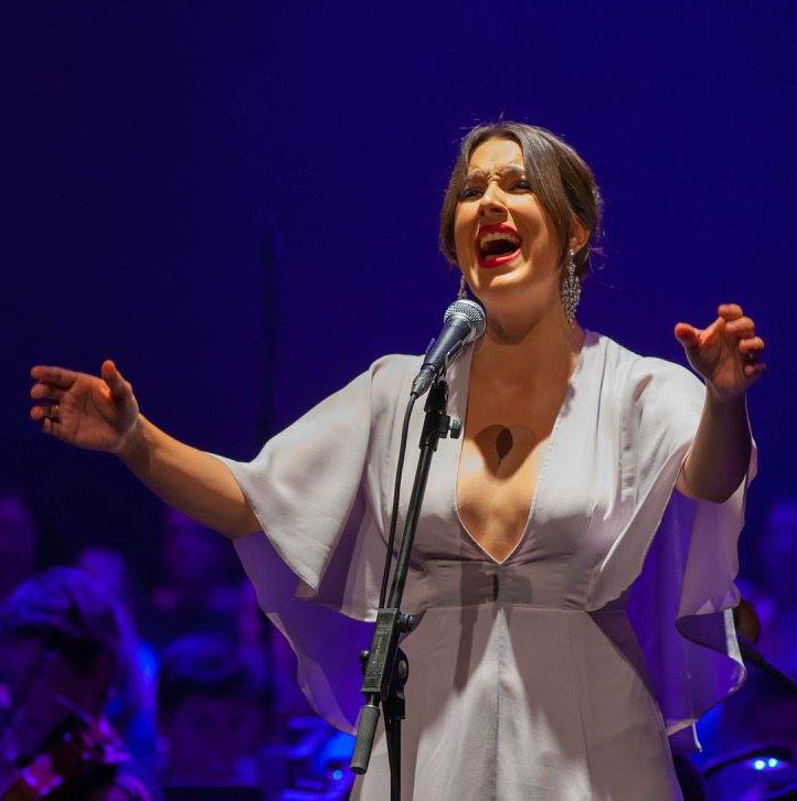 Virginia Bordal : Profesora de Canto en Teatro Musical