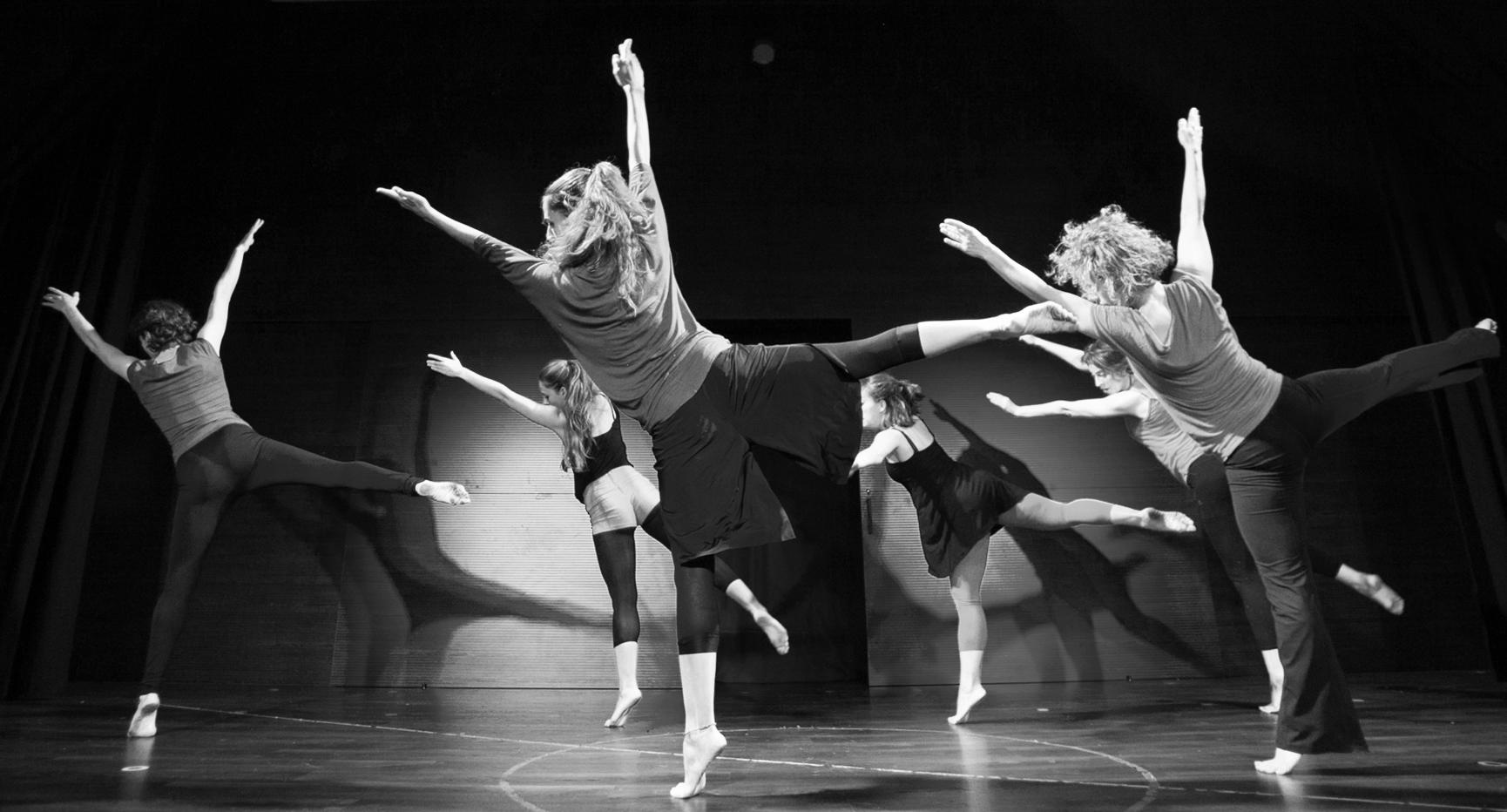 cia-danza-teatro-oz