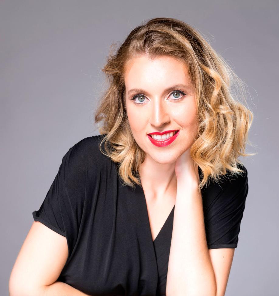 Aina Campaner : Profesora de Canto