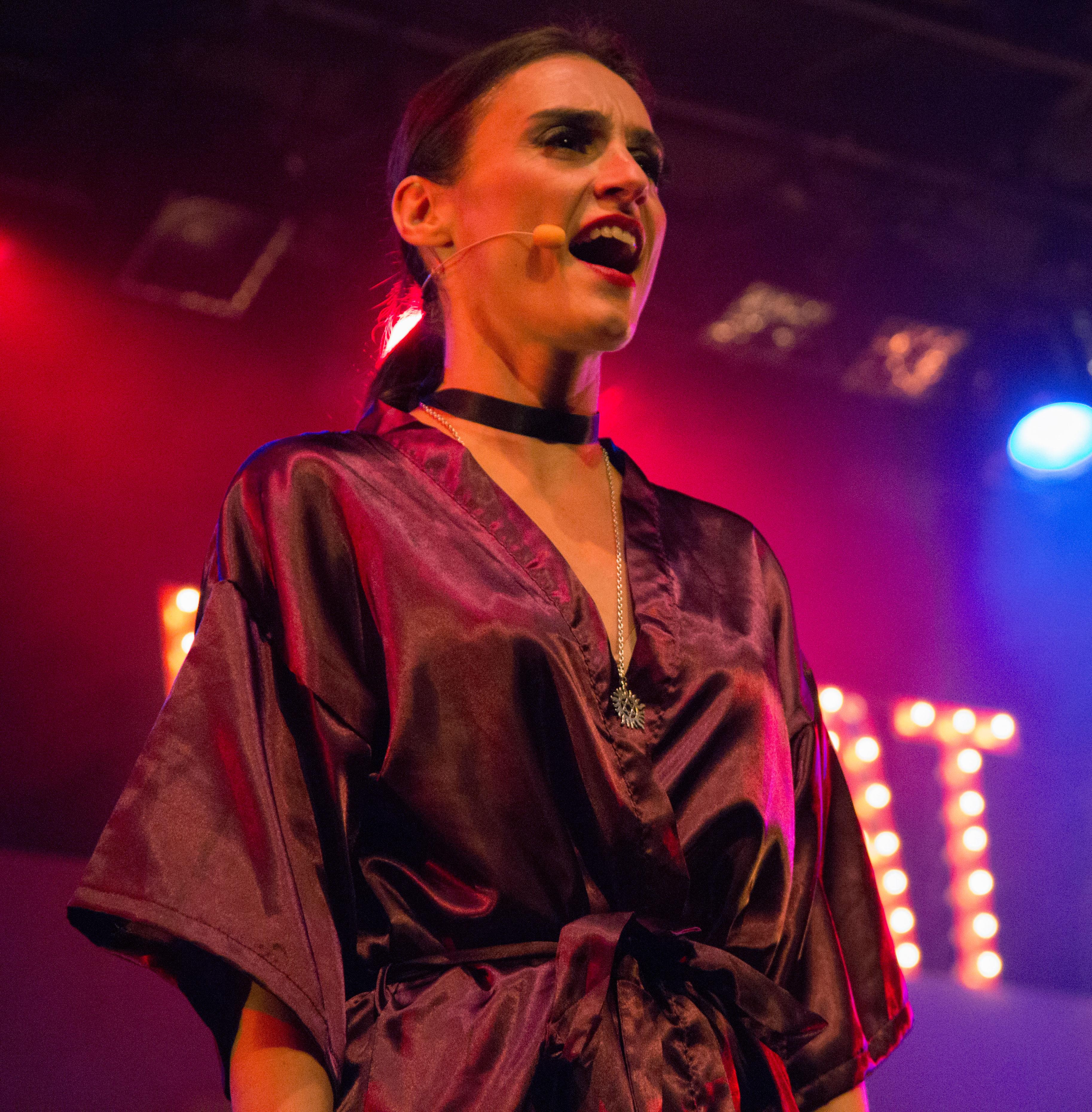 Ana Gallego : Profesora de Danza en Teatro Musical
